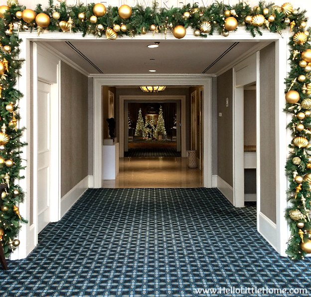 Dallas Holiday Tour 2016 ... come tour the Christmas lights and sights in Downtown Dallas with me! Fairmont | Hello Little Home