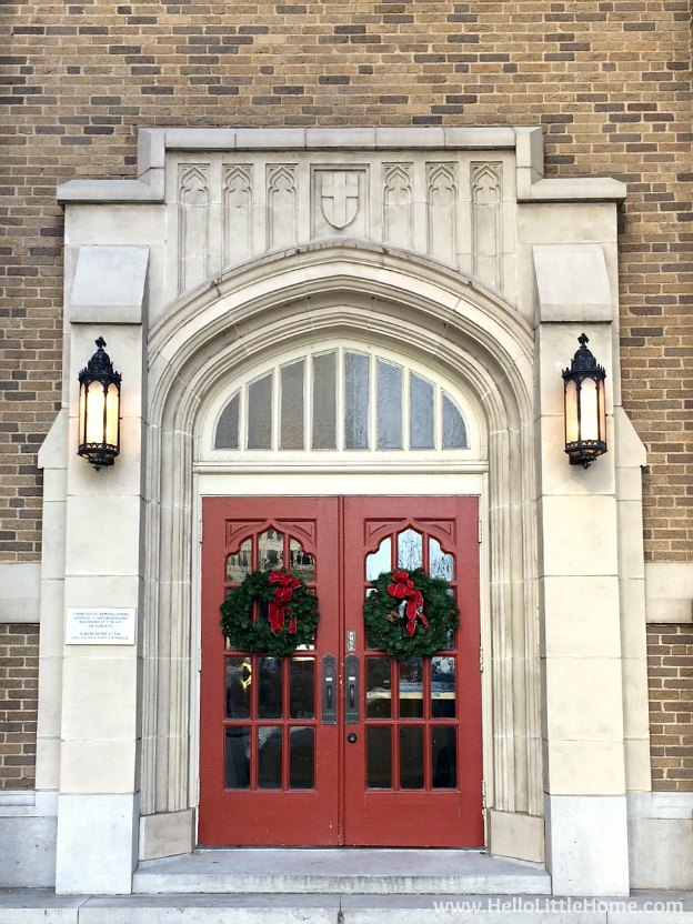 Dallas Holiday Tour 2016 ... come tour the Christmas lights and sights in Downtown Dallas with me! First United Methodist Church | Hello Little Home