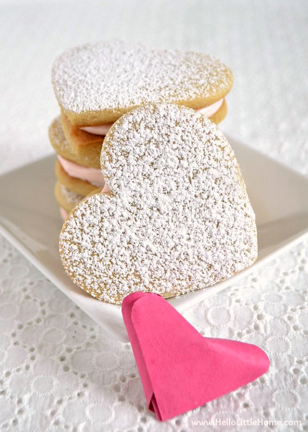 Heart Sandwich Cookies ... Get this easy recipe + 100 other vegetarian winter recipes that are perfect for any occassion! | Hello Little Home