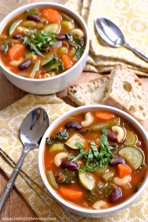 Hearty Minestrone Soup ... learn how to make this classic minestrone soup recipe! This thick, satisfying vegan soup is packed with veggies and is so easy to make! | Hello Little Home