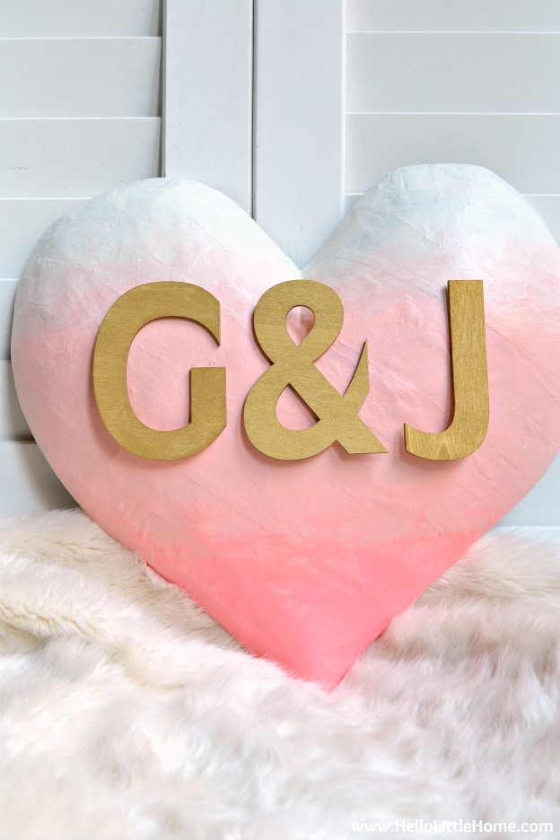 DIY Ombre Heart Art ... learn how to make this super cute Valentine's Day craft! Customize it with your own message and colors following an easy tutorial! | Hello Little Home