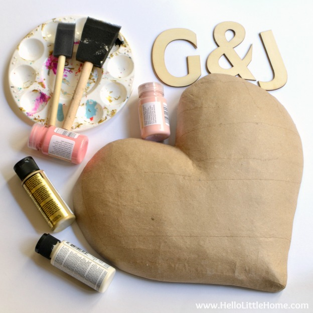 Step by step tutorial for making this adorable DIY Ombre Heart Art! It's a fun and easy Valentine's Day craft that you can customize with your own message and colors! | Hello Little Home