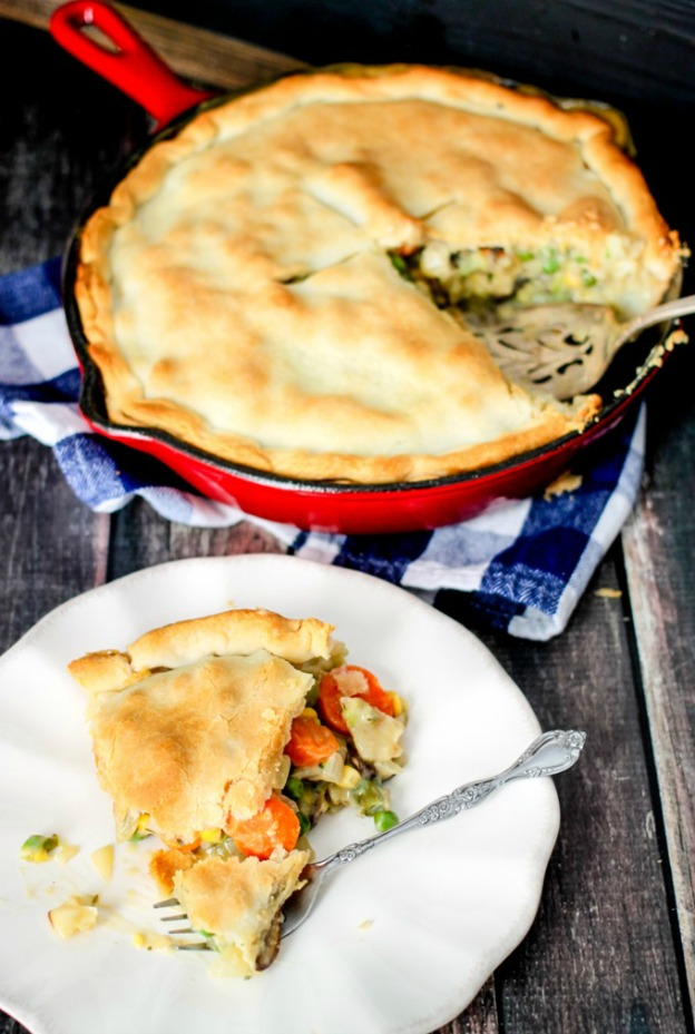 Loaded Vegetable Pot Pie from Domestic Superhero ... one of 100 Vegetarian Game Day Recipes! Get ready for the big game with over 100 vegetarian and vegan appetizers, soups, chilis, main dishes, sandwiches, breakfast, desserts, and more that will make your next football watching party unforgettable! | Hello Little Home