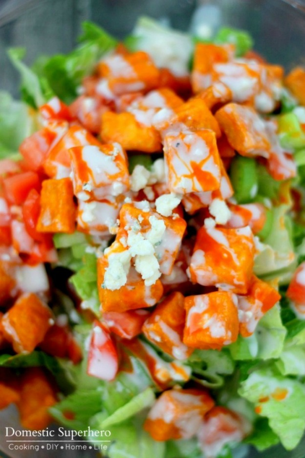 Buffalo Tofu Salad from Domestic Superhero ... one of 100 Vegetarian Game Day Recipes! Get ready for the big game with over 100 vegetarian and vegan appetizers, soups, chilis, main dishes, sandwiches, breakfast, desserts, and more that will make your next football watching party unforgettable! | Hello Little Home