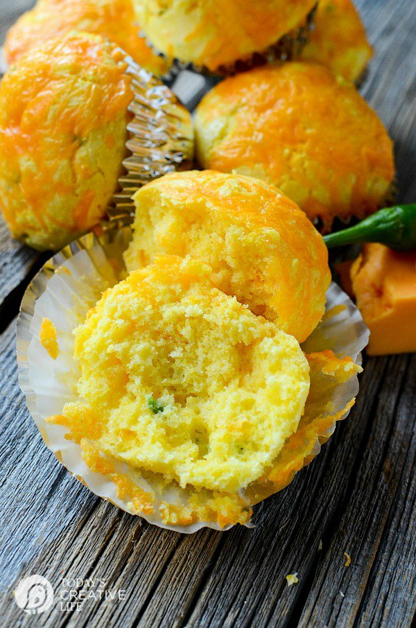 Cheddar Jalapeno Cornbread Muffins from Today's Creative Life ... one of 100 Vegetarian Game Day Recipes! Get ready for the big game with over 100 vegetarian and vegan appetizers, soups, chilis, main dishes, sandwiches, breakfast, desserts, and more that will make your next football watching party unforgettable! | Hello Little Home