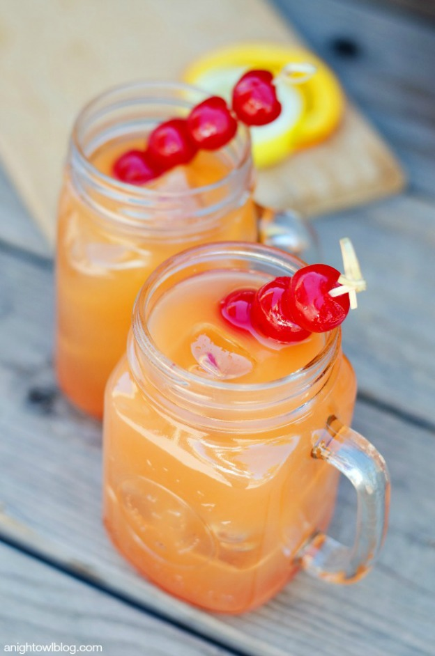 Coconut Rum Punch from A Night Owl ... one of 100 Vegetarian Game Day Recipes! Get ready for the big game with over 100 vegetarian and vegan appetizers, soups, chilis, main dishes, sandwiches, breakfast, desserts, and more that will make your next football watching party unforgettable! | Hello Little Home