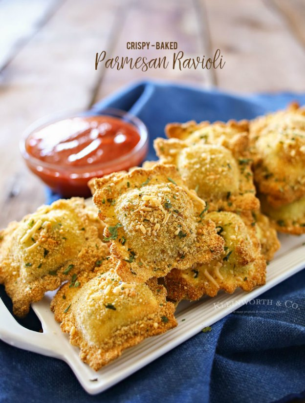 Baked Parmesan Ravioli from Kleinworth & Co. ... one of 100 Vegetarian Game Day Recipes! Get ready for the big game with over 100 vegetarian and vegan appetizers, soups, chilis, main dishes, sandwiches, breakfast, desserts, and more that will make your next football watching party unforgettable! | Hello Little Home