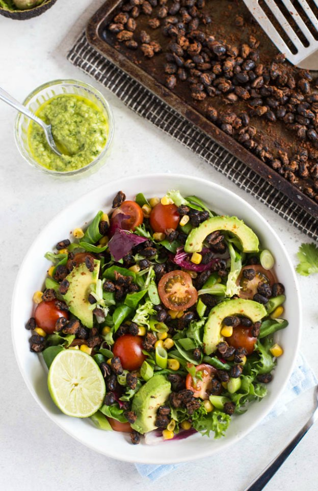 Roasted Black Bean Taco Salad from Amuse Your Bouche ... one of 100 Vegetarian Game Day Recipes! Get ready for the big game with over 100 vegetarian and vegan appetizers, soups, chilis, main dishes, sandwiches, breakfast, desserts, and more that will make your next football watching party unforgettable! | Hello Little Home