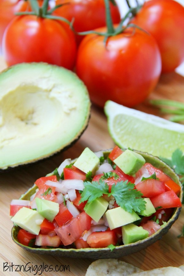 Avocado Salsa from Bitz and Giggles ... one of 100 Vegetarian Game Day Recipes! Get ready for the big game with over 100 vegetarian and vegan appetizers, soups, chilis, main dishes, sandwiches, breakfast, desserts, and more that will make your next football watching party unforgettable! | Hello Little Home