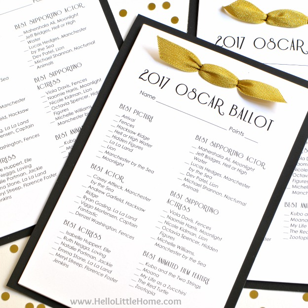 Free Printable 2017 Oscar Ballot ... perfect for your Acadademy Awards viewing party! Simply print the free file, then check out my tutorial for a fun event worthy presentation! | Hello Little Home