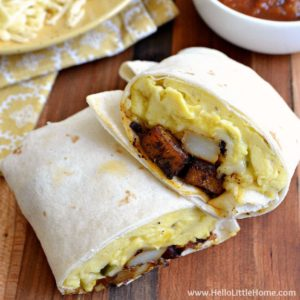 Spicy Egg and Potato Breakfast Burritos ... a delicious vegetarian breakfast recipe that's a great way to start your day! Make this easy recipe as hot or as mild as you prefer. It's the perfect portable morning meal! | Hello Little Home
