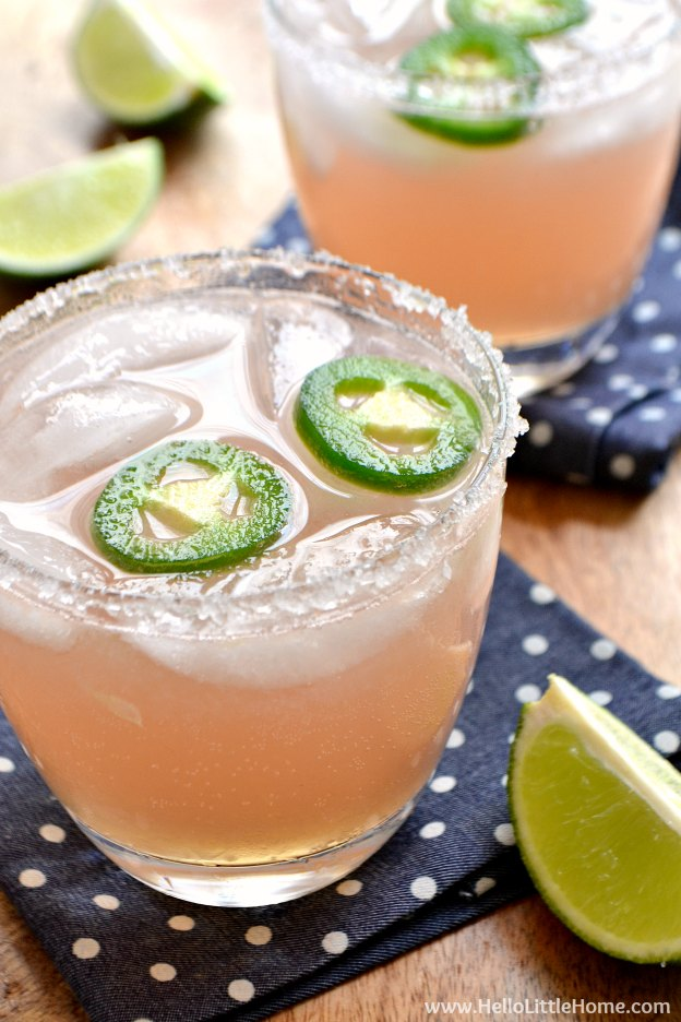 Spicy Paloma Cocktail Recipe ... a refreshing mix of tequila and grapefruit! Learn how to make this easy mixed drink from simple ingredients, including a spicy jalapeno simple syrup! | Hello Little Home