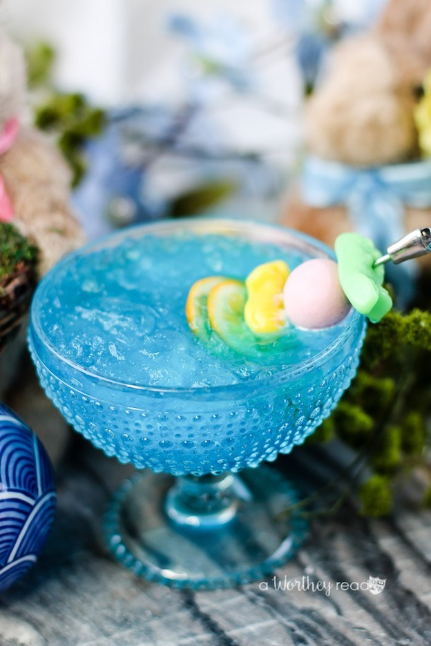 150+ Vegetarian Easter Recipes that are perfect for your holiday dinner or brunch, including this Blue Italian Ice Cocktail from This Worthey Life! Find tons of vegetarian and vegan recipe ideas - from healthy appetizers to decadent desserts - that your whole family will love! Hello Little Home