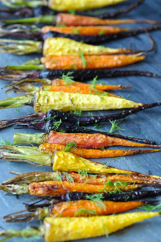150+ Vegetarian Easter Recipes that are perfect for your holiday dinner or brunch, including these Roasted Baby Carrots from Veganosity! Find tons of vegetarian and vegan recipe ideas - from healthy appetizers to decadent desserts - that your whole family will love! Hello Little Home