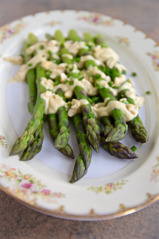 150+ Vegetarian Easter Recipes that are perfect for your holiday dinner or brunch, including this Asparagus with Cauliflower Cashew Cream from Tasting Page! Find tons of vegetarian and vegan recipe ideas - from healthy appetizers to decadent desserts - that your whole family will love! Hello Little Home