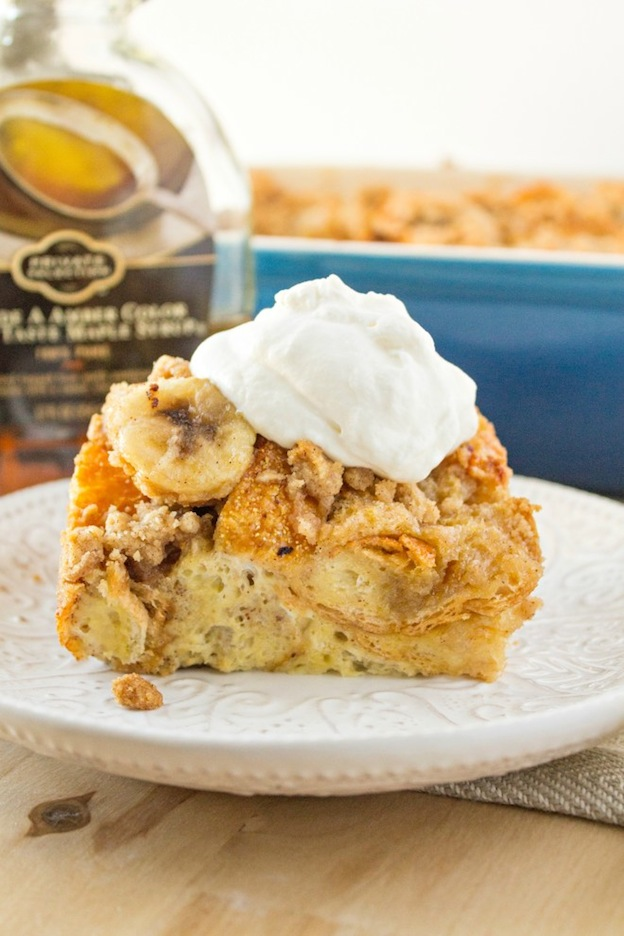 150+ Vegetarian Easter Recipes that are perfect for your holiday dinner or brunch, including this Bananas Foster French Toast Casserole from Certified Pastry Aficionado! Find tons of vegetarian and vegan recipe ideas - from healthy appetizers to decadent desserts - that your whole family will love! Hello Little Home