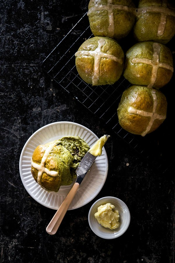 150+ Vegetarian Easter Recipes that are perfect for your holiday dinner or brunch, including these Matcha Hot Cross Buns from Wander Cooks! Find tons of vegetarian and vegan recipe ideas - from healthy appetizers to decadent desserts - that your whole family will love! Hello Little Home