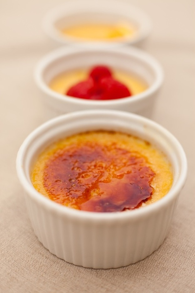 150+ Vegetarian Easter Recipes that are perfect for your holiday dinner or brunch, including this Orange Vanilla Creme Brulee from The Organic Kitchen! Find tons of vegetarian and vegan recipe ideas - from healthy appetizers to decadent desserts - that your whole family will love! Hello Little Home