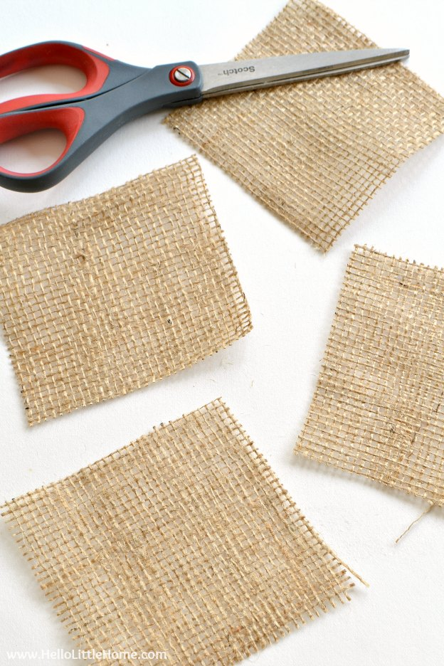DIY Striped Burlap Coasters ... a super easy + fast tuturial! These simple burlap coasters are fun way to add rustic decor to your home. | Hello Little Home