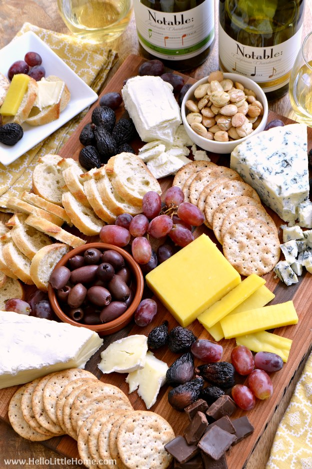 How to arrange an easy cheese plate! Learn how to make a beautiful cheese platter : the cheese plate - pezcame.com