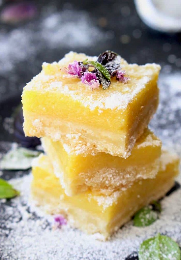 The ultimate Birthday Cake Alternatives roundup ... over 70 delicious recipes perfect for adults and for kids alike, including these Lemon Bars from Ciao Florentina! These fun dessert ideas range from healthy to decadent. Awesome non cake birthday ideas your whole family will love! | Hello Little Home