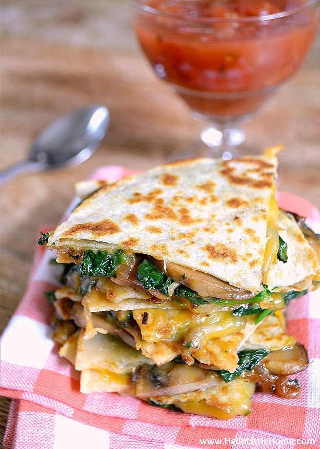 Garlicky Mushroom and Spinach Quesadillas recipe! These easy vegetarian quesadillas are packed with flavor and make a great meatless lunch, dinner, or snack! | Hello Little Home