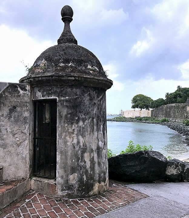 Exploring the city walls of Old San Juan outside of the San Juan Gate, part of the San Juan National Historic Site ... one of the best things to in San Juan, Puerto Rico! | Hello Little Home