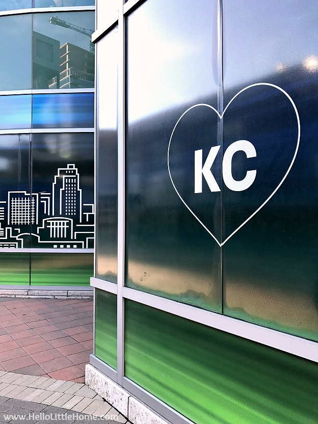 Wall with heart in downtown Kansas City, Missouri in the Power & Light District