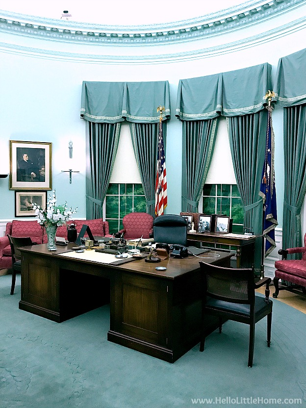 Oval office recreation at the Harry S. Truman Library and Museum | Hello Little Hom