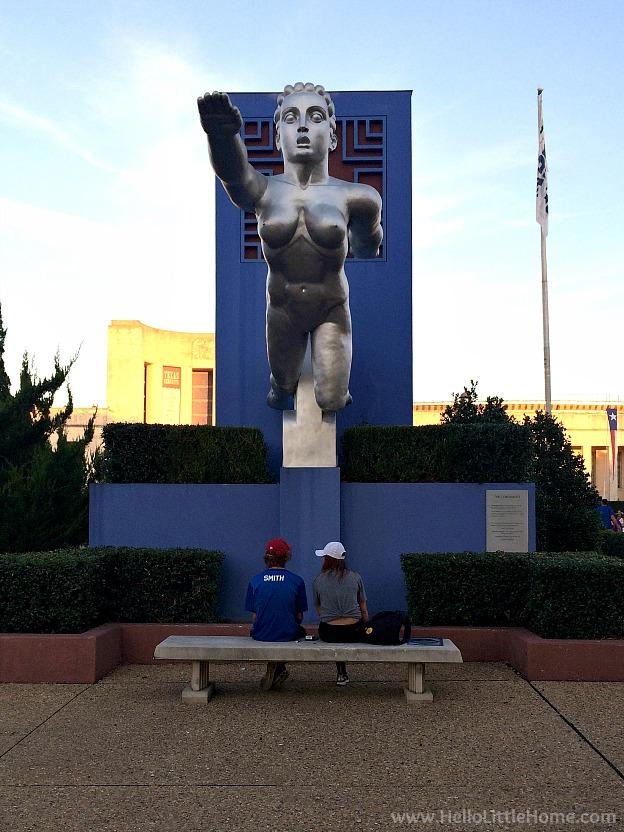 Art decor statue in Fair Park at the State Fair of Texas | Hello Little Home