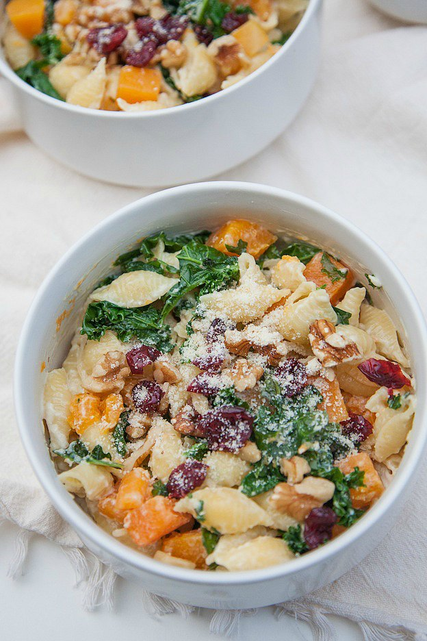 Creamy Butternut Squash and Kale Pasta from A Joyfully Mad Kitchen ... one of 100+ Vegetarian Comfort Food Recipes | Hello Little Home