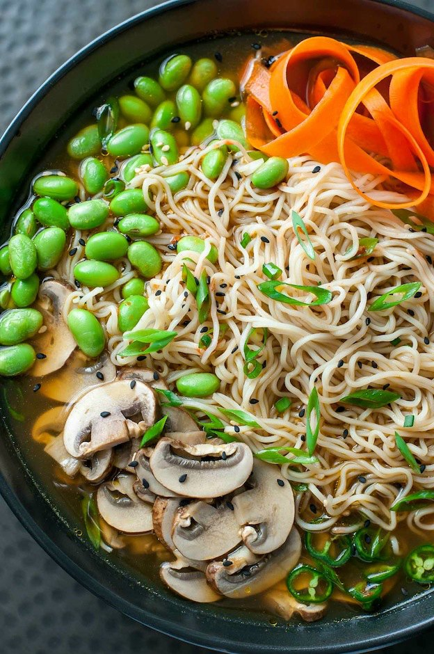 Spicy Vegan Ramen Noodle Bowl from Peas and Crayons ... one of 100+ Vegetarian Comfort Food Recipes | Hello Little Home