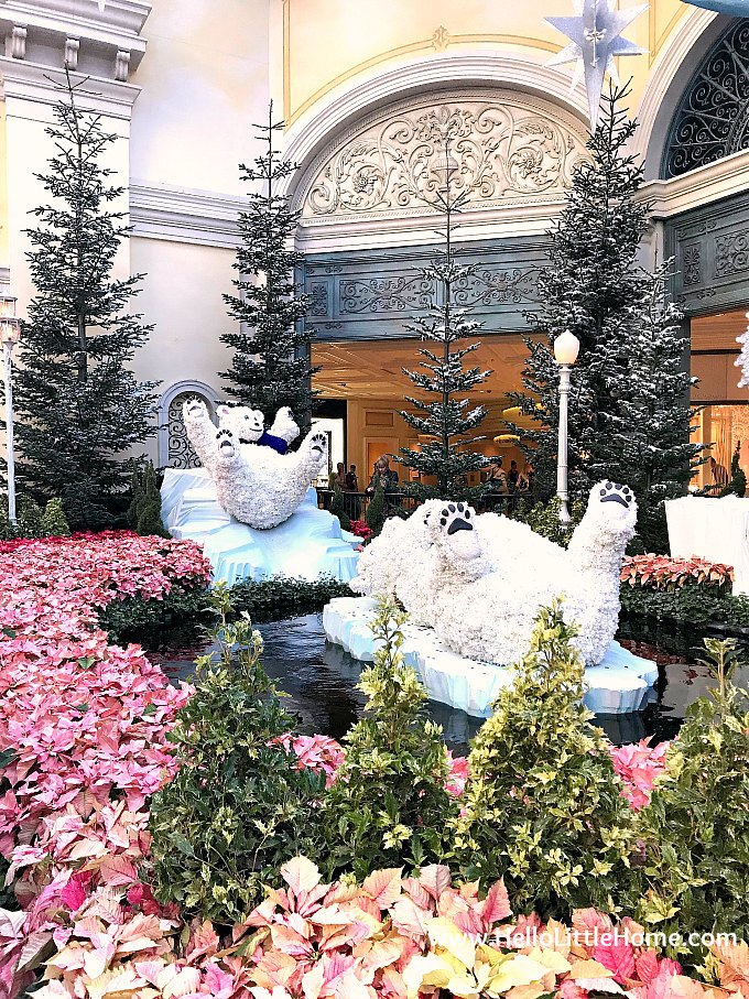 Polar Bear Christmas Decorations in the Bellagio Conservatory and Botanical Garden