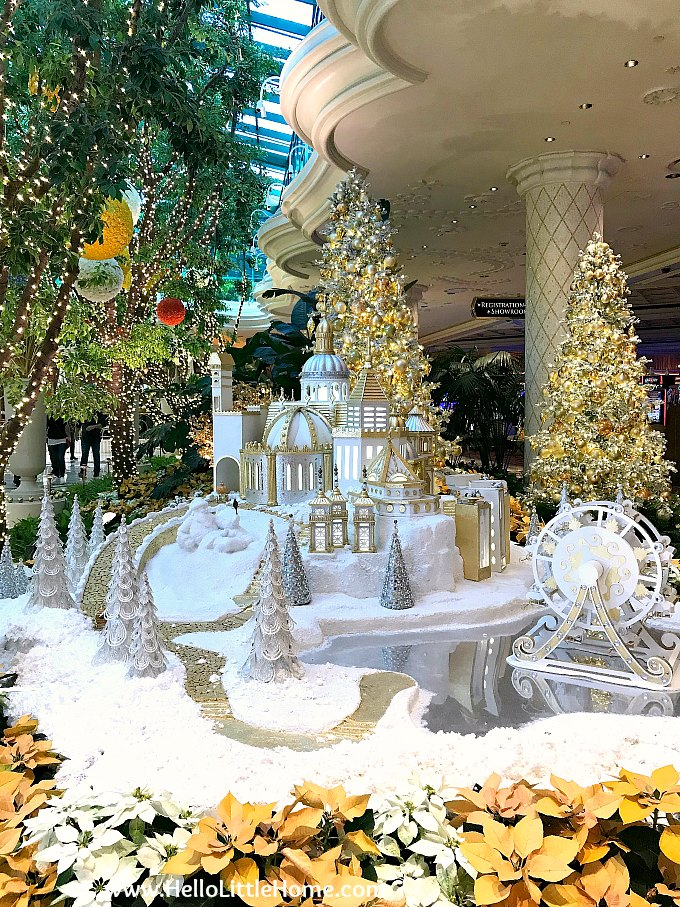 Display at Wynn's Winter Wonderland at the Wynn Hotel during Christmas time. | Hello Little Home