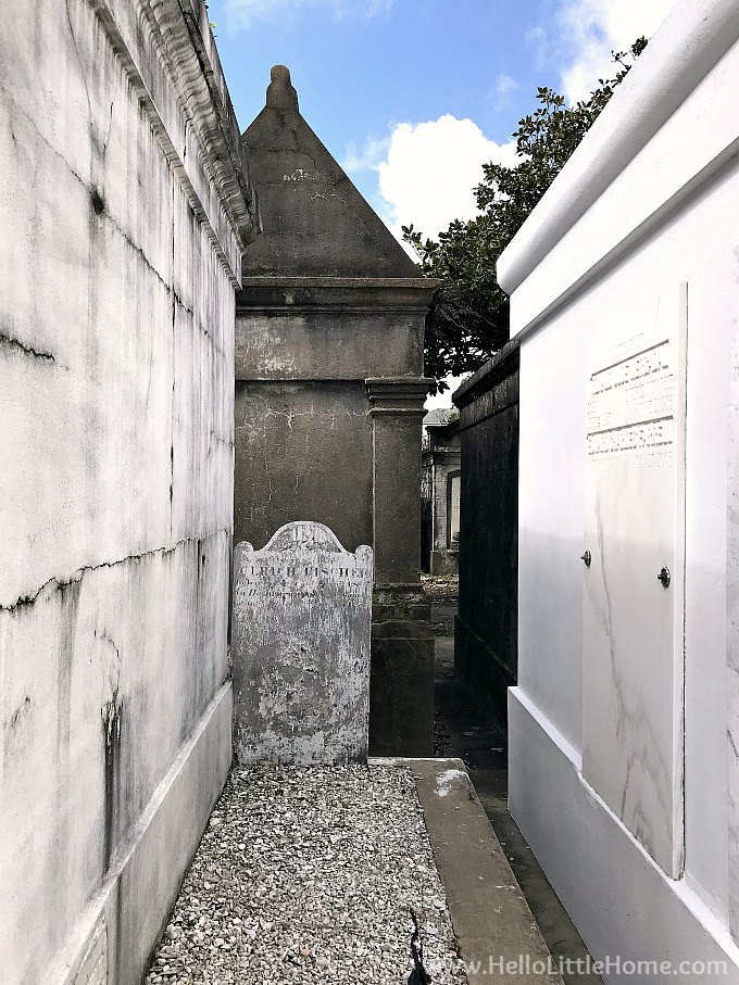 Small Grave Marker in Space Between Two Family Vaults in Lafayette Cemetery No. 1