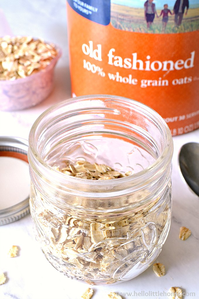Jar filled with old fashioned oats.