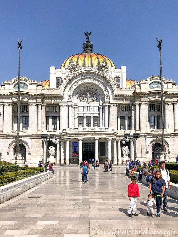 Palacio de Bellas Artes in Mexico City.