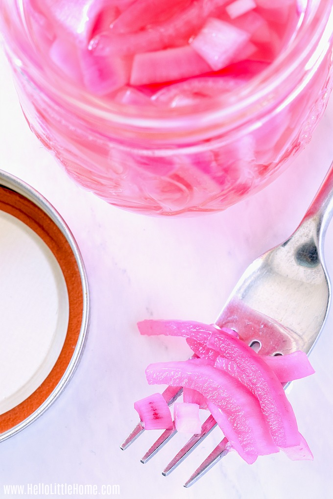 Easy pickled onions recipe ready for eating.