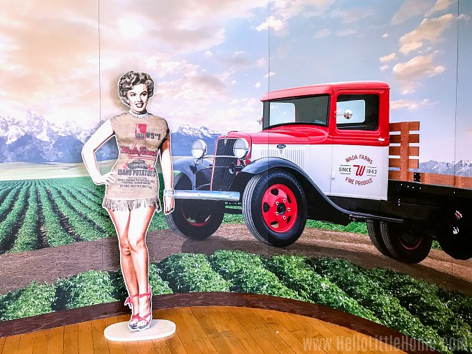 A display with Marilyn Monroe in a potato sack at the Idaho Potato Museum.