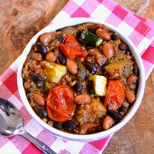 Roasted Vegetable Recipes Idea: Roasted Vegetable Quinoa Chili