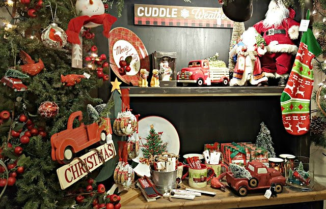 Christmas Plaids, Pickups, and Poinsettias from Penny's Vintage Home