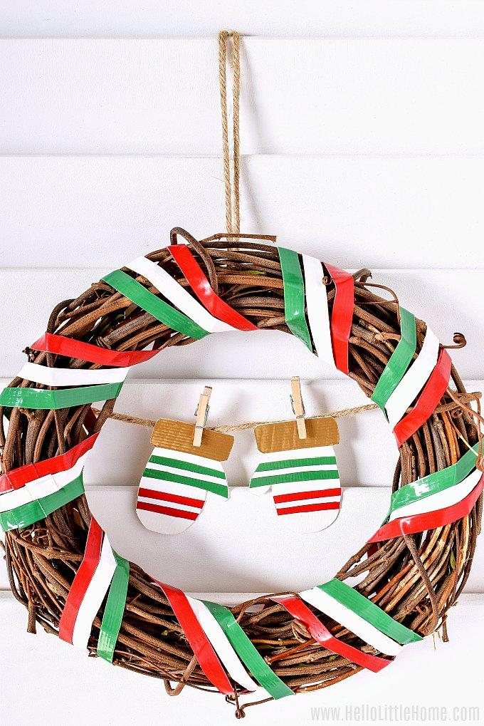 An easy Christmas Wreath Ideas made with Duck Tape.