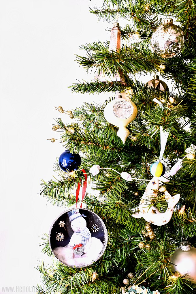 How to decorate a Christmas tree step-by-step: the finished tree!