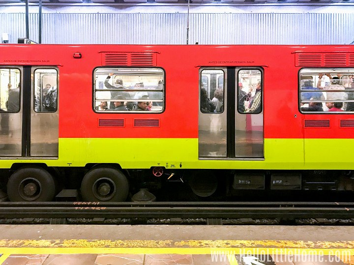 A train in a Mexico City metro station.