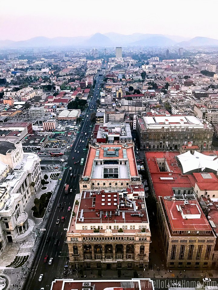 An aerial view of Mexico City taken from the Torre Latinoamericana.